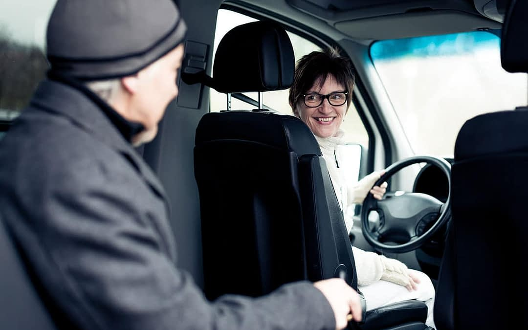 4 Ways Transportation Services Provide Independence to Seniors