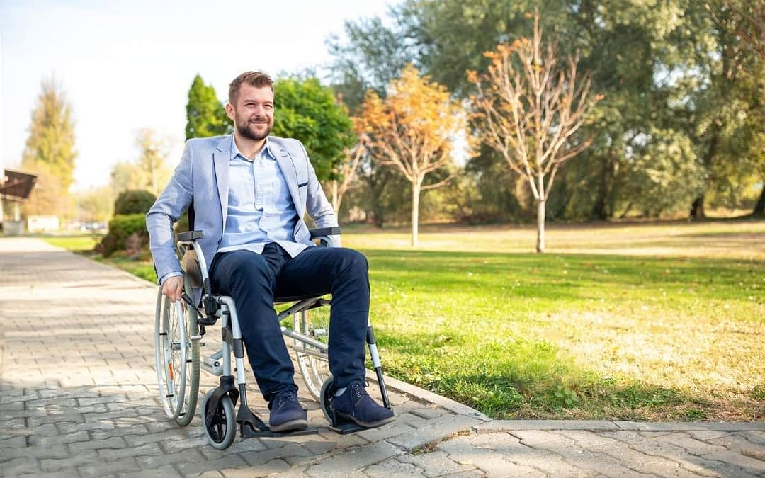 How to Transport Someone in a Wheelchair With the Utmost Care?